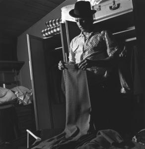 Marlon Brando at his Beverly Glen home, Los Angeles 1953 © 1978 Sid Avery MPTV - Image 0007_0037
