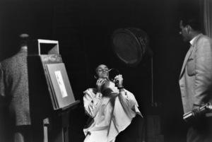 Marlon Brando preparing for the Sidney Skolsky show1955 © 1978 Sid Avery - Image 0007_1014