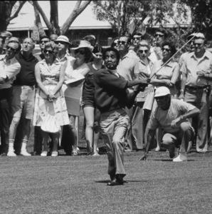 Sammy Davis Jr. at Sealy LPGA GolfClassic at Desert Inn Country Club, 1972.Photo by Lester Nehamkin*G.L.* - Image 0009_2208