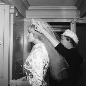 May Britt on her wedding day to Sammy Davis Jr.11-13-1960 © 1978 Bernie Abramson - Image 0009_2335
