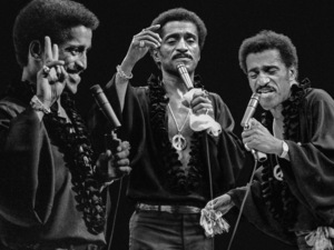 Sammy Davis Jr. Performing at the Westbury Music Fair 1972 © 1978 Barry Kramer - Image 0009_2501