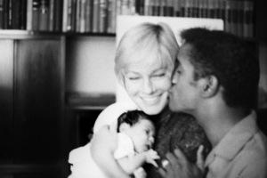 Sammy Davis Jr. with his wife, May Britt, and their daughter, Tracey Davis 1961 © 1978 Bernie Abramson - Image 0009_2507