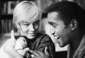 Sammy Davis Jr. with his wife, May Britt, and their daughter, Tracey Davis 1961 © 1978 Bernie Abramson - Image 0009_2509