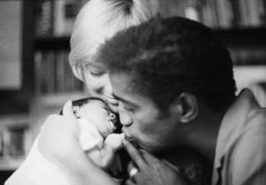 Sammy Davis Jr. with his wife, May Britt, and their daughter, Tracey Davis 1961 © 1978 Bernie Abramson - Image 0009_2510
