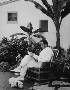 Humphrey Bogart at home, 1936.MPTV - Image 0015_0088