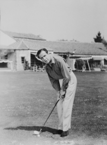 Humphrey Bogart playing golf at a Beverly Hills country club, circa 1942.MPTV - Image 0015_1007