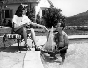 Humphrey Bogart and Lauren Bacall at their Benedict Canyon home in California1947 - Image 0015_1013