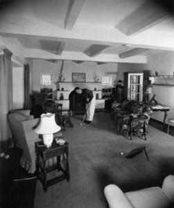 Humphrey Bogart practicing his putting at home1944 - Image 0015_1050