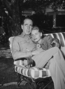 Humphrey Bogart and Lauren Bacall at their Benedict Canyon home, CA, circa 1945.MPTV - Image 0015_1127