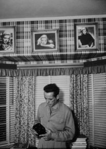 Humphrey Bogart at home, circa 1947.MPTV - Image 0015_1194