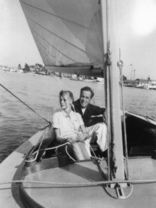 Humphrey Bogartand Lauren Bacall on their honeymoon in Newport, CA1945 - Image 0015_1215