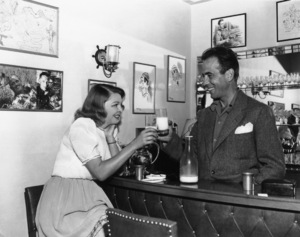 Humphrey Bogart at home with wife Mayo Methotcirca 1944 - Image 0015_1256