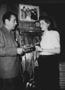 Humphrey Bogart and Lauren Bacall at home, circa 1949.MPTV - Image 0015_1279