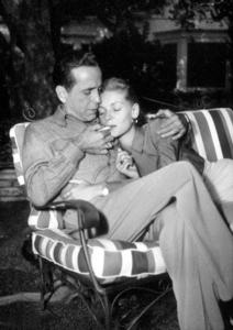 Humphrey Bogart and Lauren Bacall at their Benedict Canyon home, CA, circa 1945.MPTV - Image 0015_1302