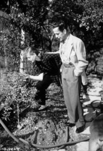 Humphrey Bogart and Lauren Bacall at their Benedict Canyon home, CA, circa 1945.MPTV - Image 0015_1305