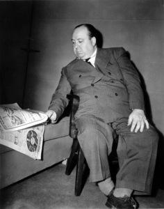 """Alfred HitchcockBehind the scenes of """"Saboteur.""""1942 Universal / **I.V. - Image 0017_2037"""
