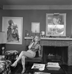 Zsa Zsa Gabor at her Bel Air home1958 © 1978 Sid Avery - Image 0018_0152