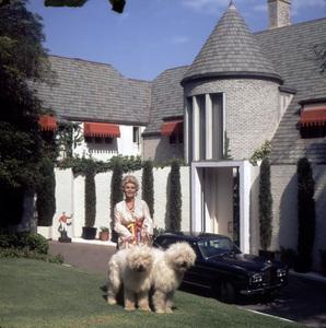 Zsa Zsa Gaborat home1965 © 1978 Wallace Seawell - Image 0018_0232