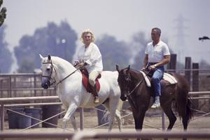 Zsa Zsa Gabor and her husband Prince Frederic von Anhalt 1989 © 1989 Gunther - Image 0018_0337