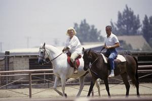 Zsa Zsa Gabor and her husband Prince Frederic von Anhalt 1989 © 1989 Gunther - Image 0018_0338