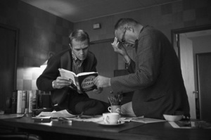 """Steve McQueen and director John Sturges discuss """"The Great Escape"""" at the Goldwyn Studio in Hollywood, CA1960© 1986 Sid Avery - Image 0019_0005"""
