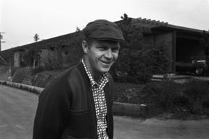 Steve McQueen at his Hollywood Hills home on Solar Drive1960© 1978 Sid Avery - Image 0019_0007