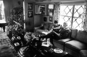 Steve McQueenwith wife Neile at home in Beverly Hills1967 © 1978 GuntherMPTV - Image 0019_0807