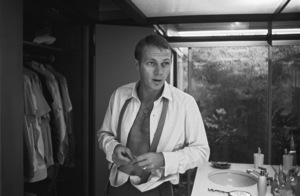 Steve McQueen at his Hollywood Hills home on Solar Drive1960© 1978 Sid Avery - Image 0019_0856