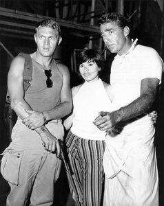 """Never So Few""Steve McQueen, Neile Adams, Peter Lawford1959 MGM** I.V. - Image 0019_0971"
