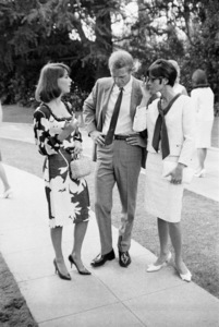 Natalie Wood, Steve McQueen and wife Neile Adams at a Luci Baines Johnson barbecue1964 © 1978 Chester Maydole - Image 0019_1163