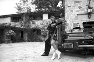 Steve McQueen at home with wife Neile and his 275 GTS Ferrari 1967 © 1978 Gunther - Image 0019_1165
