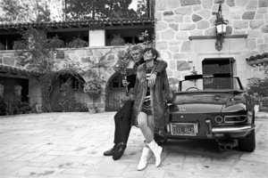 Steve McQueen at home with wife Neile and his 275 GTS Ferrari 1967 © 1978 Gunther - Image 0019_1166