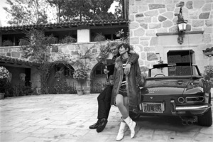 Steve McQueen at home with wife Neile and his 275 GTS Ferrari 1967 © 1978 Gunther - Image 0019_1167