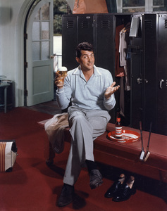 Dean Martin posing for a Rheingold beer advertisement1955 © 1978 Paul Hesse - Image 0022_0545