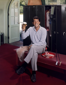 Dean Martin posing for a Rheingold beer advertisement1955 © 1978 Paul Hesse - Image 0022_1006