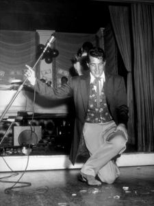 Dean Martin performing at Share Party in Ciro