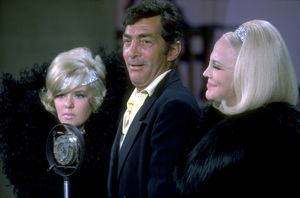 """Dean Martin in """"The Dean Martin Show""""with Peggy Lee, c. 1967. © 1978 Ed Thrasher - Image 0022_1357"""