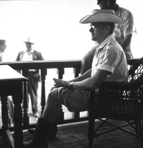 """James Dean on location for """"Giant,"""" in Marfa, Texas, 1955. © 1978 Sid Avery - Image 0024_0010"""
