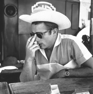 """James Dean on location for """"Giant"""" in Marfa, Texas, 1955. © 1978 Sid Avery - Image 0024_0026"""