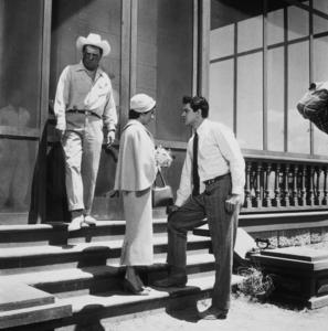 "Elizabeth Taylor,  Rock Hudson and George Stevenson the set of ""Giant""1955 © 1978 Sid AveryMPTV - Image 0024_0038"