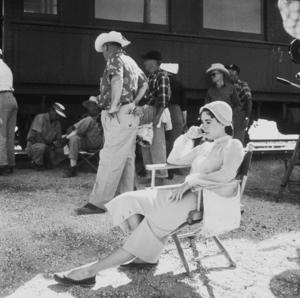 "Elizabeth Taylor on location for ""Giant""in Marfa Texas1955 © 1978 Sid AveryMPTV - Image 0024_0127"
