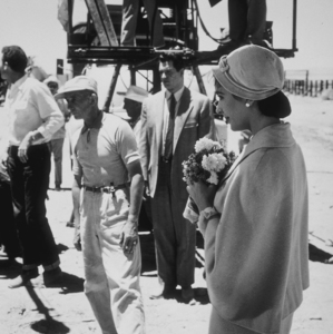"Elizabeth Taylor and Rock Hudson on location for ""Giant"" in Marfa Texas, 1955. © 1978 Sid AveryMPTV - Image 0024_0128"
