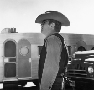 """James Dean on location for """"Giant"""" in Marfa, Texas 1955 © 1978 Sid Avery - Image 0024_0212"""