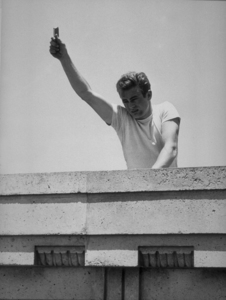 """James Dean in the original finalscene of """"Rebel Without A Cause.""""1955 Warner / MPTVPhoto by Floyd McCarty - Image 0024_0277"""