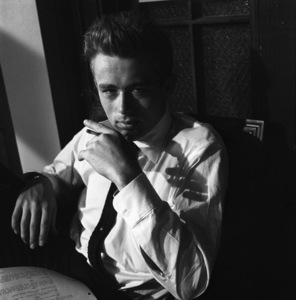 """James Dean on location for """"Rebel Without a Cause"""" 1955 © 1978 Bob Willoughby - Image 0024_2429"""