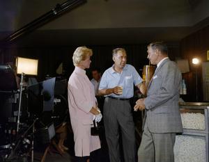 """Clark Gable and Doris Day on the set of """"Teacher"""
