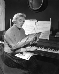 Doris DayAt home 1951Photo by Floyd McCarthy - Image 0025_1227