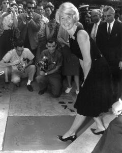Doris DayAt her footprint ceremonyat The Mann Chinese Theater in Hollywood, California.January 19,1961 - Image 0025_2241