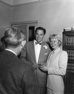 Doris Day and Martin Melcher on their wedding day04-03-1951** I.V. - Image 0025_2289