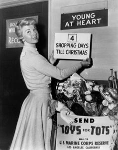 """Doris DayOn the set of """"Young At Heart"""" 1055 - Image 0025_2345"""